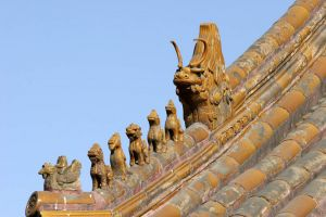 Forbidden City roof carvings