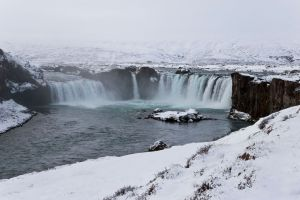Godafoss-waterfall-(Waterfall-of-the-Gods)